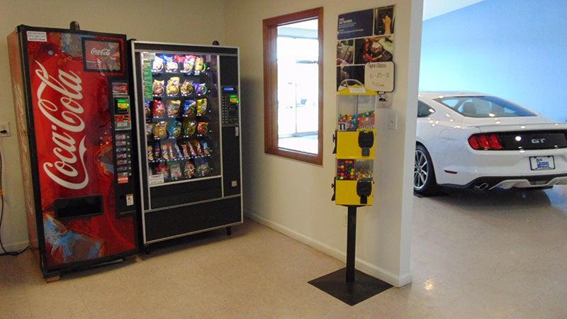 Service Department - Hamden Ford dealer in Hamden CT - New